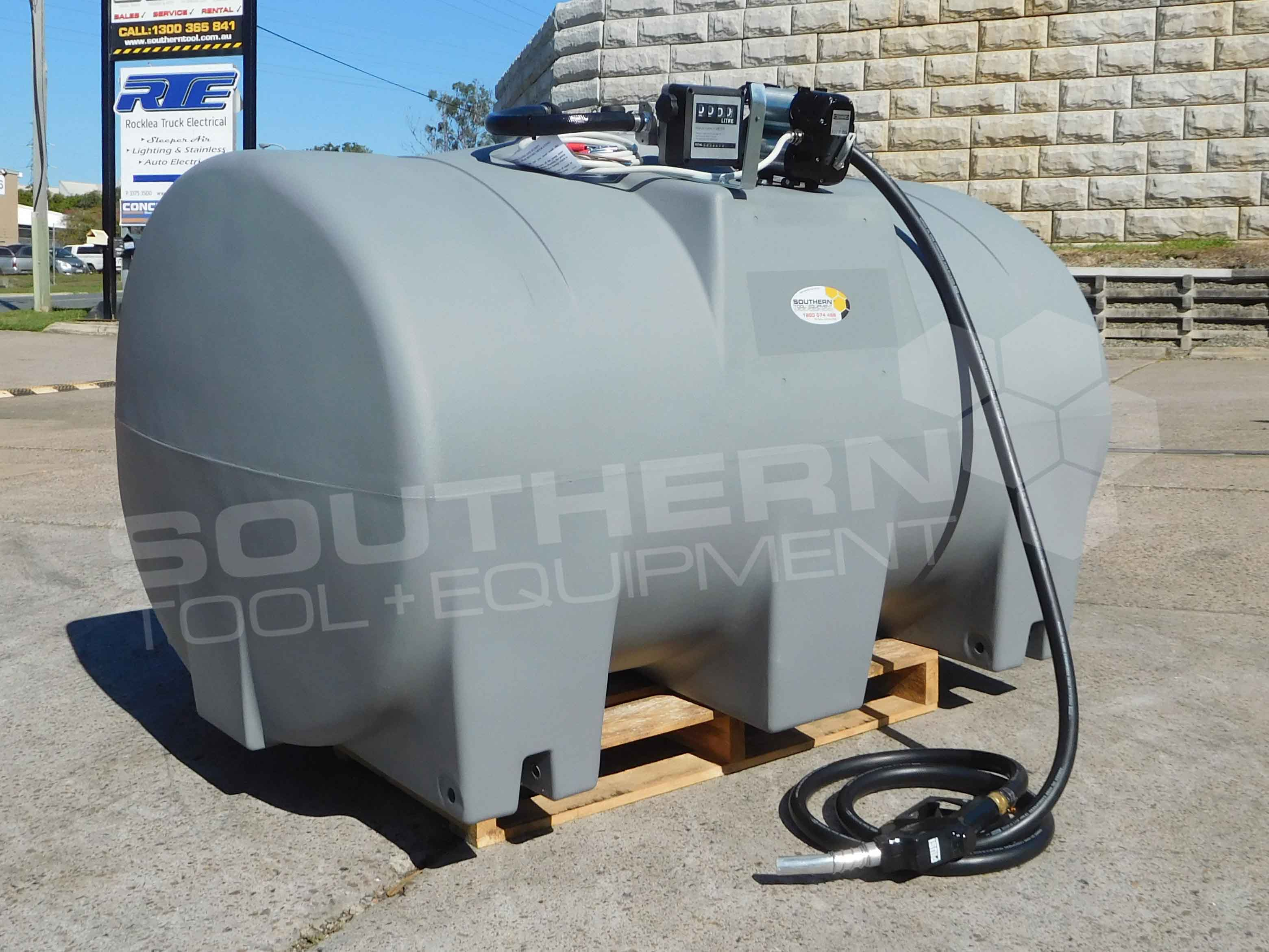 2200 litre heavy duty transfer diesel fuel tank southern. Black Bedroom Furniture Sets. Home Design Ideas