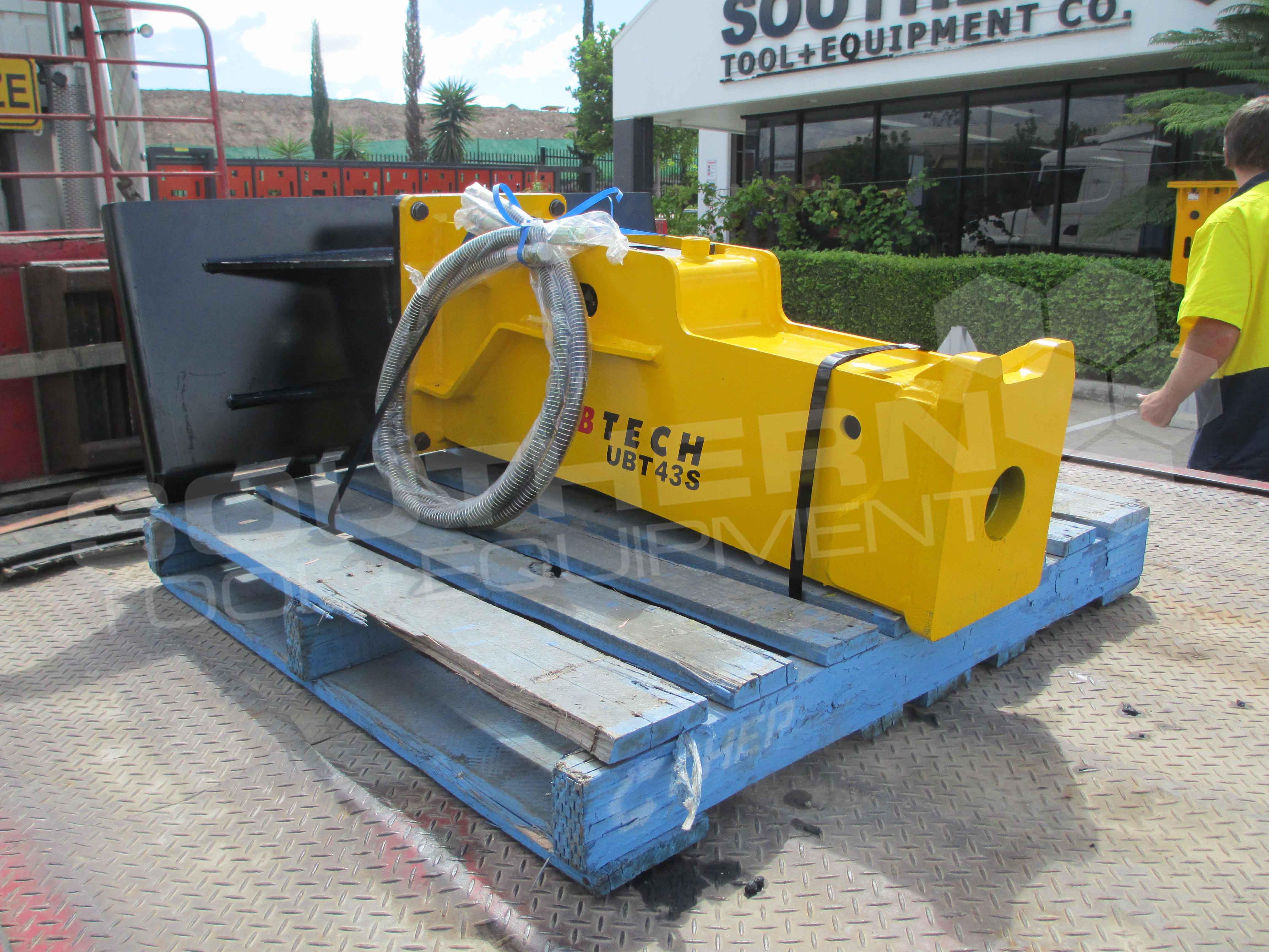 UBTECH UBT43S Skid Steer Loader Hydraulic Rock Breaker